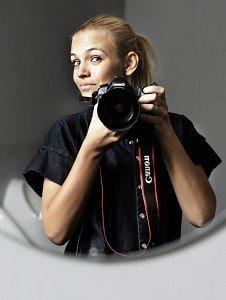 Fotograf Rie Neuchs